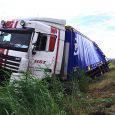 MEPPEL/STEENWIJK – Verkeershinder op de A32 tussen Meppel en Steenwijk donderdagochtend. Hier ontstond een file doordat een vrachtwagen vlak voor de afslag Steenwijk van de weg was geraakt. De brandweer haalde de gewonde […]