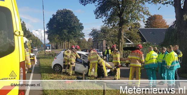 Twee gewonden na aanrijding in Nieuwleusen.