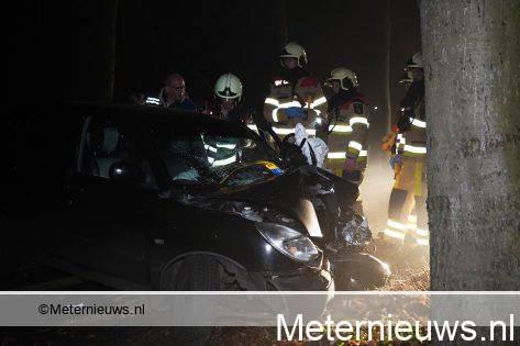 Twee gewonden na aanrijding in Dedemsvaart.