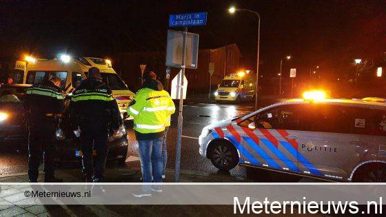 Twee licht gewonden na aanrijding in Assen.