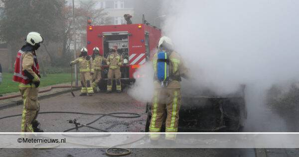 busje in brand de grutto Hoogeveen4