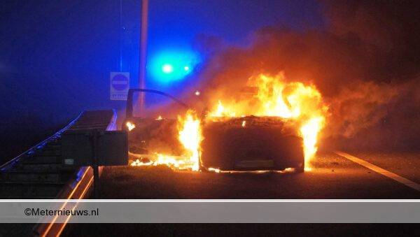 auto in de brand in assen assen