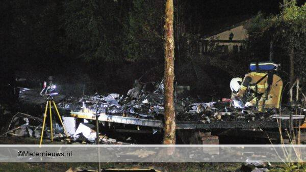 caravan afgebrand op camping Spier